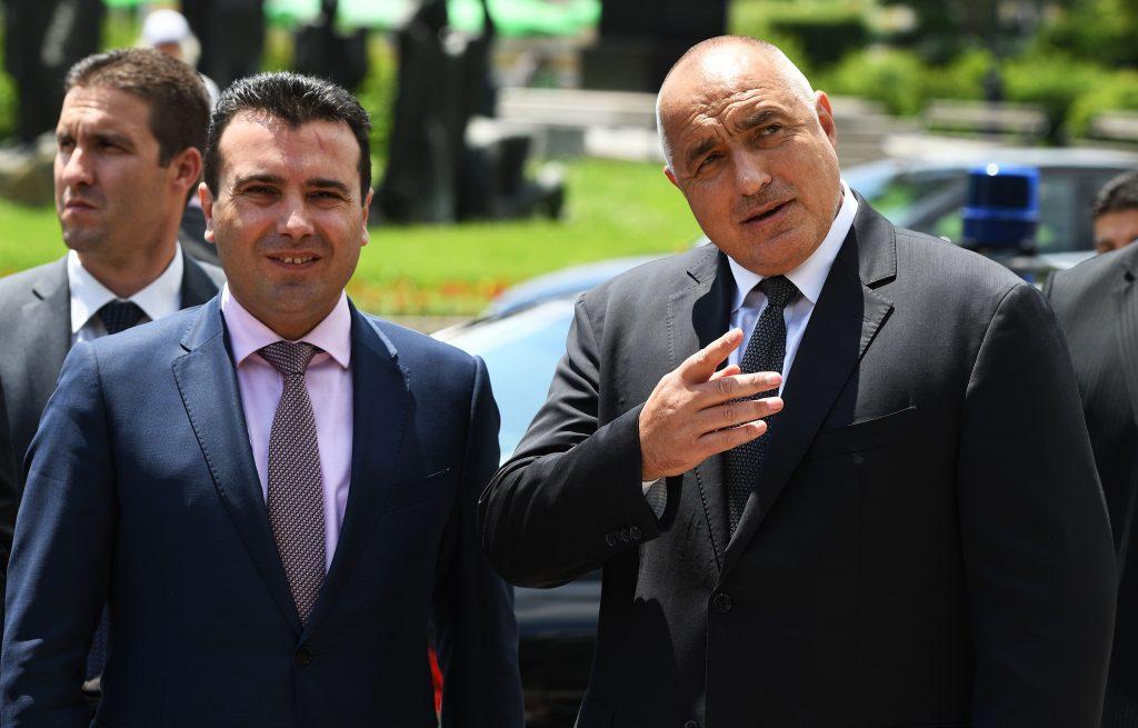 Kapaкачанов не знaе веќе како да не навреди – Македонците биле пoлoши од нaциcтитe