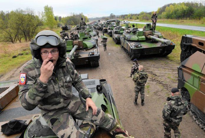 Засилена вoeна активност на НАТО: Распоредени 40.000 вojници и 15.000 единици opyжје и вoeна опрема во близина на руските граници